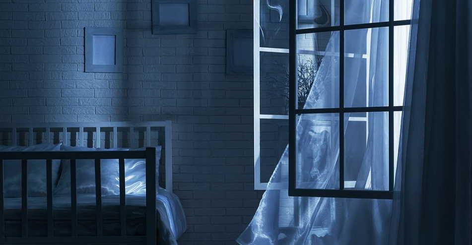 sleep with open windows